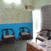 Flat for sale in tariq road 20 lakh only