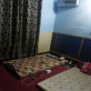hostel for boys near punjab uni